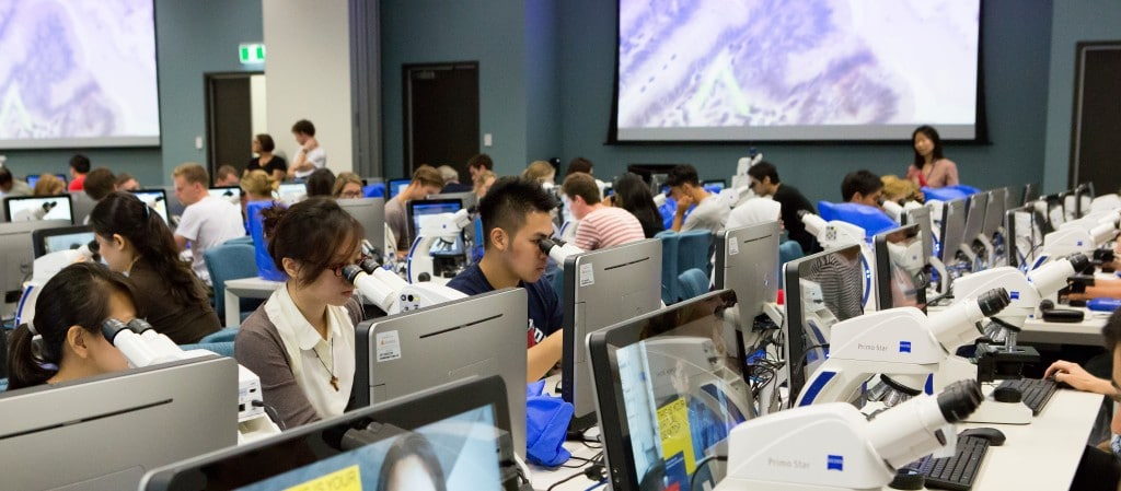 Microscopy Education In The Digital Age: Upgrade Your University With A Digital Classroom