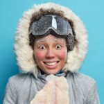 Image of a cold person to represent the very cold environment of cryosectioning