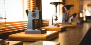 Vintage microscope to represnet the history of simple and compound microscopes
