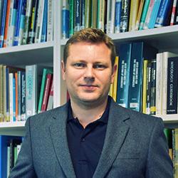 Dr Björn Krenz